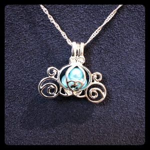 Jewelry - SALE! Cinderella carriage pearl cage necklace